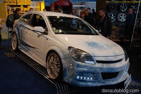 Opel Astra H Gtc. Der Opel Astra H GTC fällt