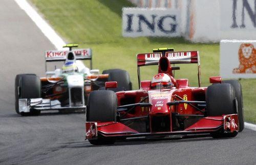 Räikkönen gewinnt knapp vor Fisichella